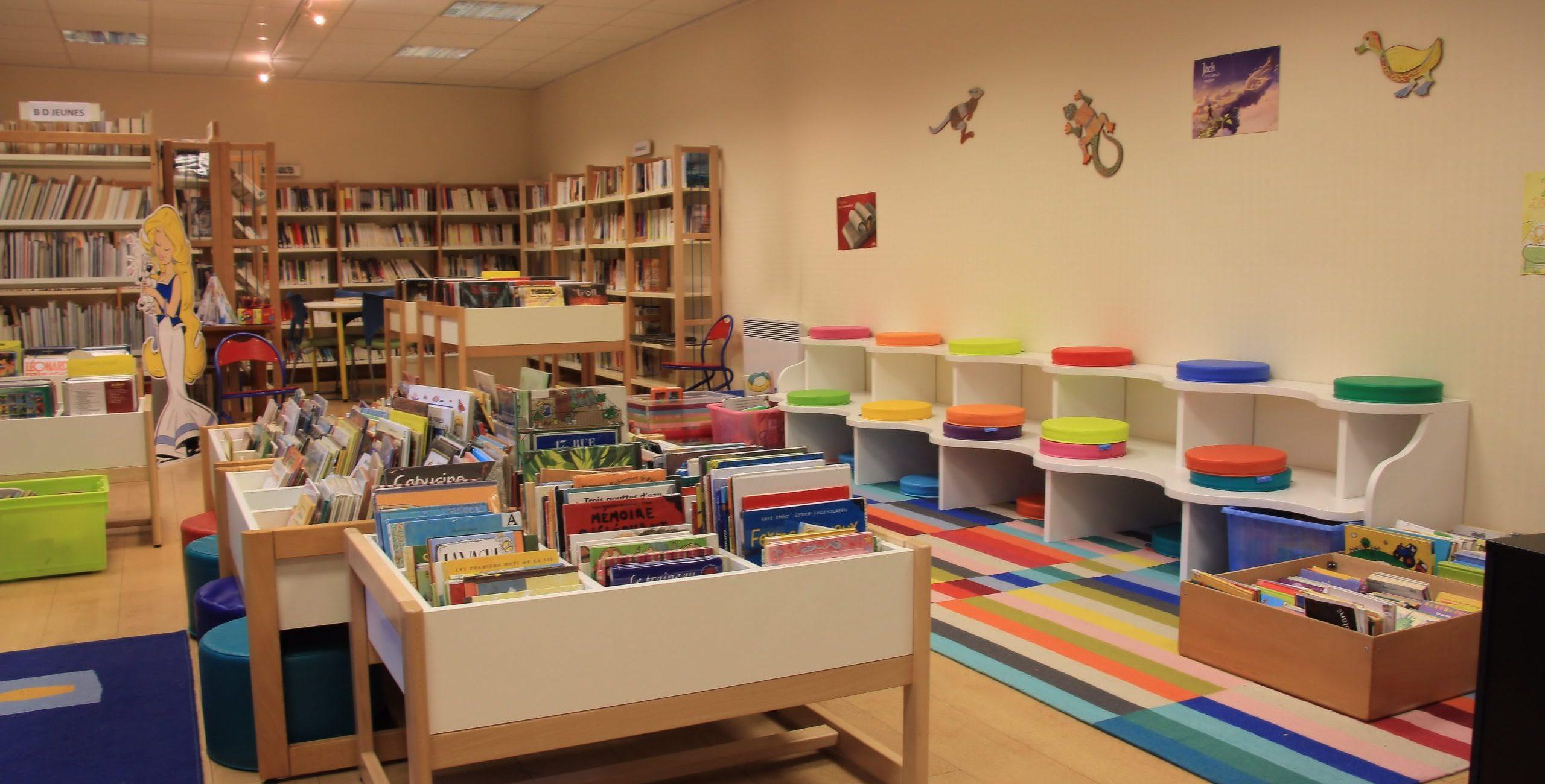Mairie_Chateauneuf_d_ille_et_vilaine_Saint_Malo_santé_bibliotheque